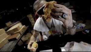 Video: RiFF RaFF - Left With A Biscuit Came Back With A Chicken